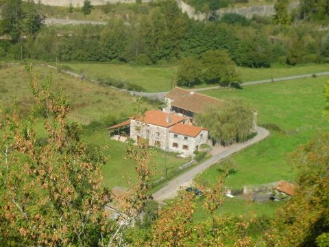 Group lodge: le Domaine du Pradel